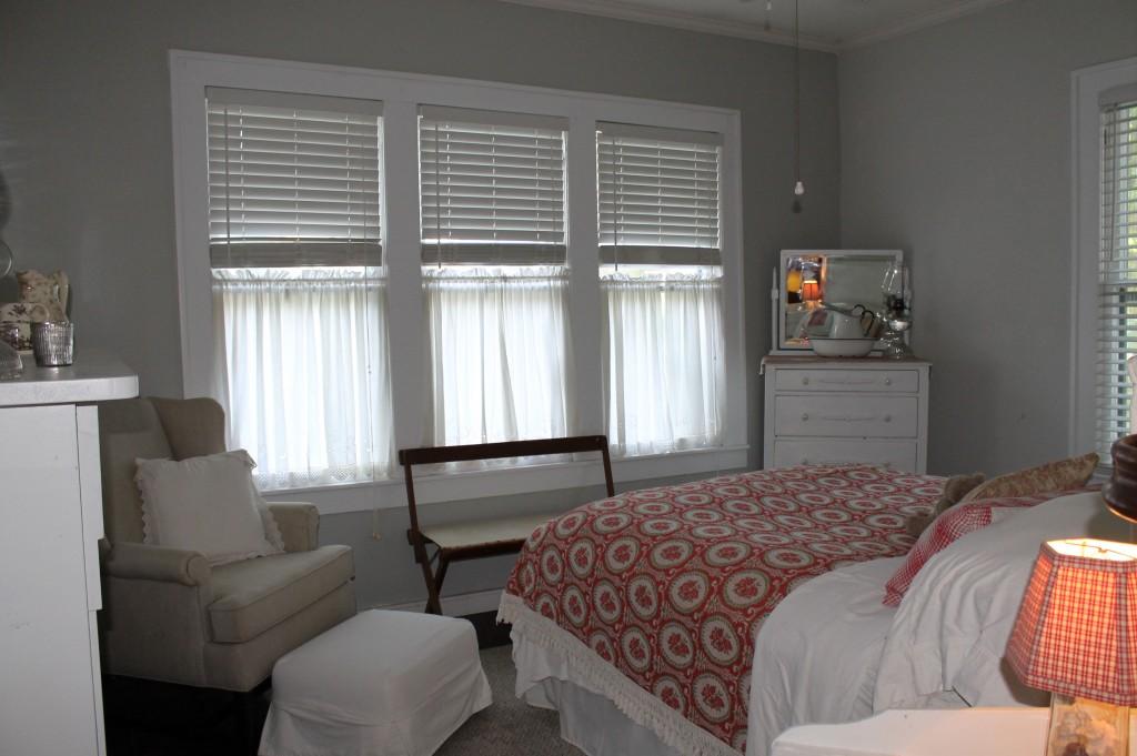 Guest Room.