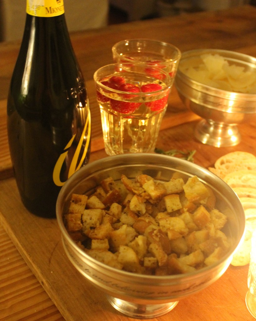 The home made croutons stand on their own as a savory offering and provide a counterpoint to the sweet Prosecco.